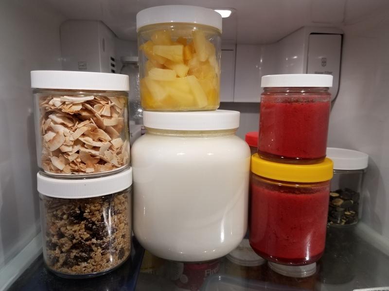Yogurt and toppings