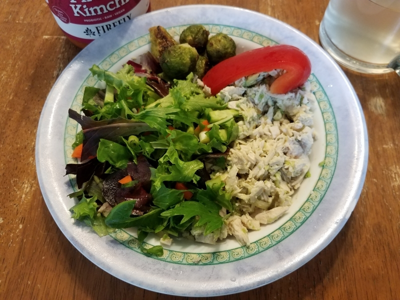 Chicen salad and veggies
