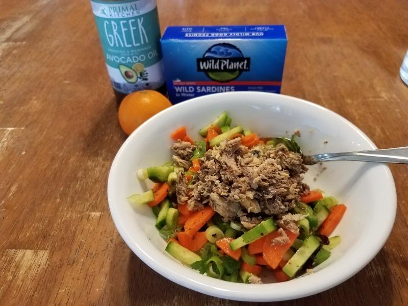 Sardines and veggie snack